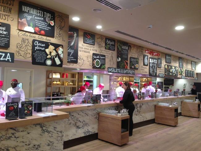 رستوران واپیانو در باکو دارای 120 شعبه و اعتباری پرآوازه