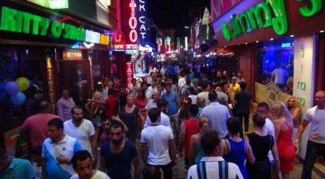 خیابان بار یکی از قدیمیترین خیابانهای کوش آداسی
