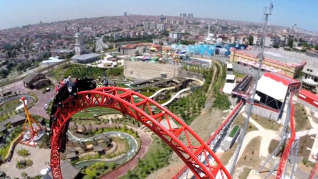 شهربازی ویالند استانبول مکانی سرشار از شور و هیجان غیر قابل وصف
