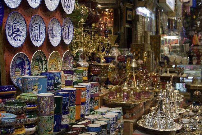 فروشگاه موهلیس Muhlis Shop استانبول فروشگاهی برای خرید عتیقه های زمان عثمانی