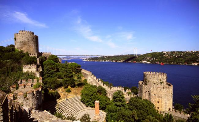 بازدیدی تاریخی درقلعه روملی حصار استانبول