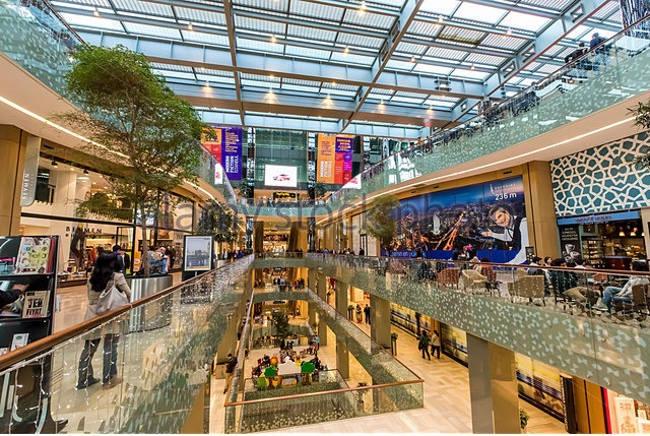 مرکز خرید ساپیره sapphireمکانی مناسب و مرتفع برای خرید با کیفیت