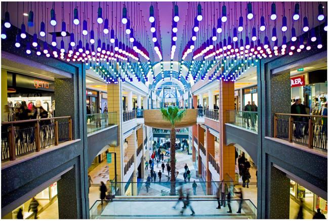 مرکز خرید فروم Forum shopping mall استانبولمجموعه ای شامل هر آنچه که بخواهید