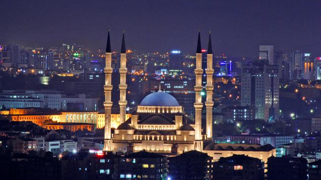 مسجد کوجاتپه آنکاراKocatepe Mosque از دیدنیهای مهم تور آنکارا