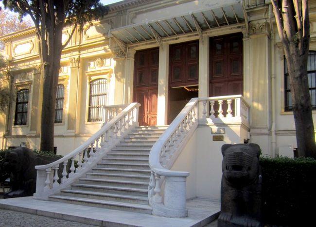 موزه شرق باستان و موزه باستان شناسی استانبول