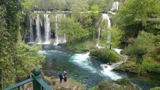 معرفی آبشار دودن