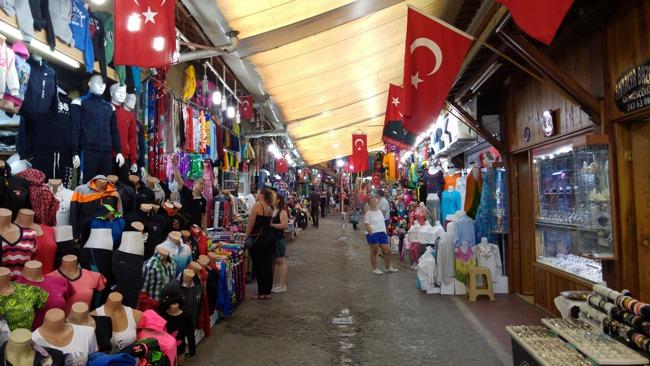 تور آنتالیا - آنتالیا بازار، بازار محلی در شهر آنتالیا