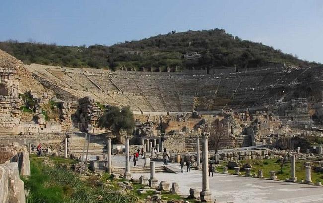 افسوسEphesus in kusadasiشهر پر از عجایب در کوش آداسی