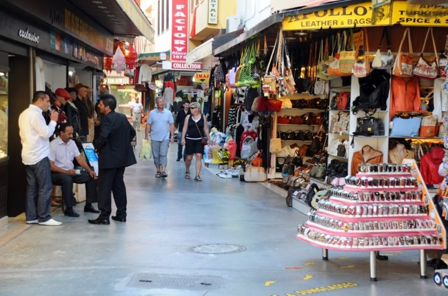 بازار سلوک کوش آداسی یکی از مکان های خوب برای خرید سوغاتی