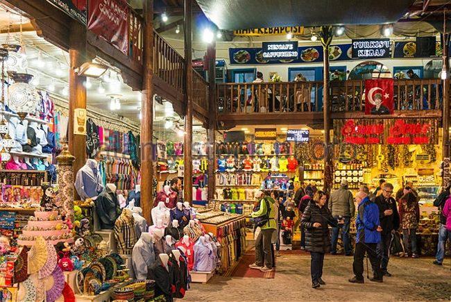 """جاذبهی گردشگری """" بازار معبد آپولو """" واقع در منطقهی سیده آنتالیا"""