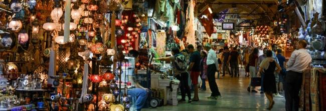 تور آنتالیا- بازار گاراژ شرقی در شهر آنتالیا