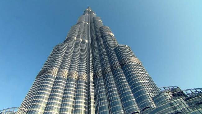 برج خلیفه (Burj Khalifa) بلند ترین برج دنیا سر به فلک کشیده در دبی