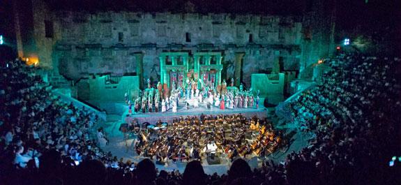جشنواره بینالمللی اپرا و باله آسپندوسدر آنتالیا یک جشنواره خاص و منحصربهفرد
