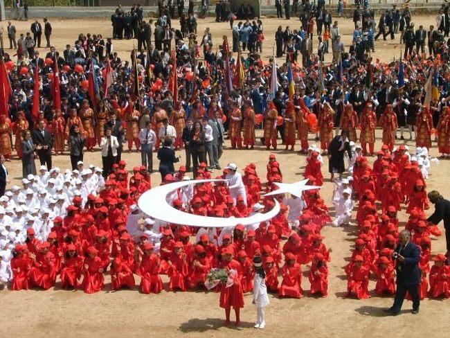 بزرگداشت روز حاکمیت ملی و عید کودکان در کشور ترکیه