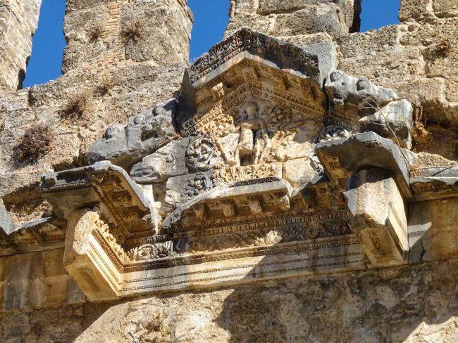 آسپندوس شهری با قدمت بسیار زیاد است و در آنتالیای ترکیه قرارگرفته است: