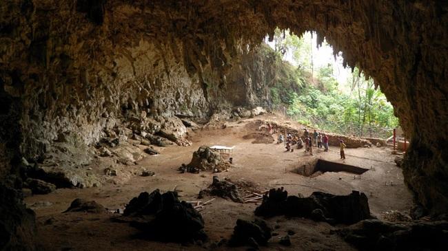 غار آلتین بشیک یکی از غار های زیبای آنتالیا