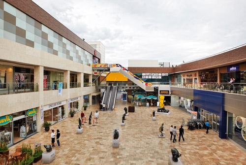 مرکز خرید اژه پارک ازمیر یکی از زیبا ترین و بزرگترین مراکز خرید ازمیر