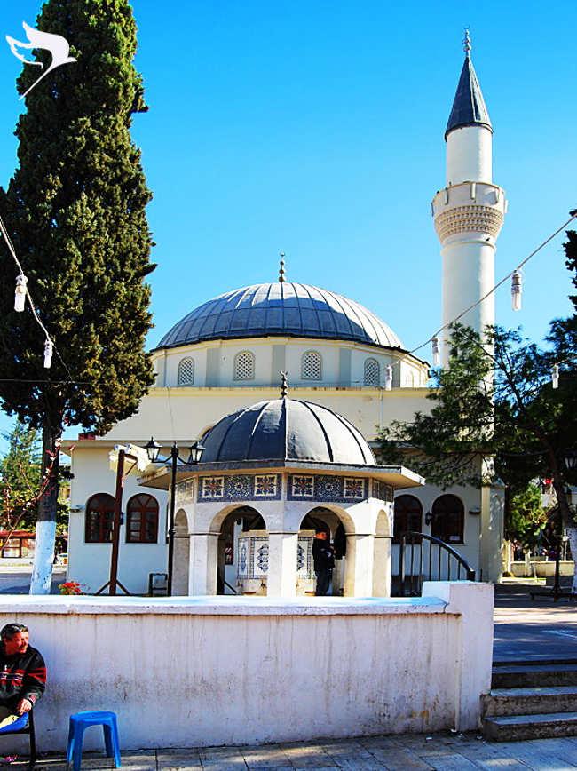 مسجد هنیم کوش آداسی The Hanim mosque یکی از زیباترین مکانهای تاریخی در تور کوش آداسی