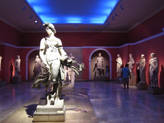 بازدید از تاریخ ترکیه درموزه باستان شناسی آنتالیا Antalya Archeological Museum