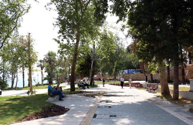 پارک یاووز اوزکان در آنتالیا