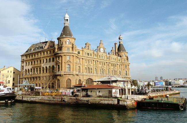 ایستگاه حیدرپاشا استانبول haydarpasa هدیه ای از پادشاه آلمان به سلطان عثمانی