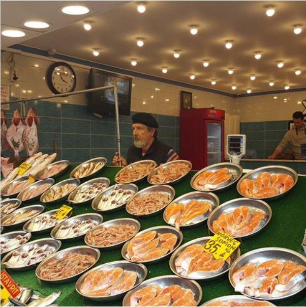 بازار بالیک استانبول بازاری فراتر از یک بازار ماهی