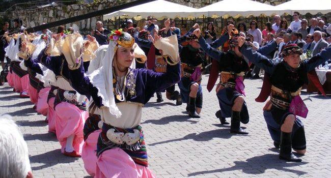 جشنواره رقصهای محلی بینالمللی در ازمیر یکی از مهم ترین رویداد ها در این شهر زیبا و دوست داشنتی