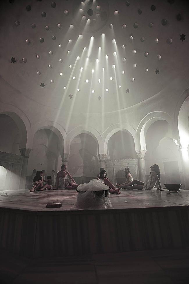 حمام سنتی جمبرلیتاش cemberlitas استانبول، یکی از جذابترین مکانهای تاریخیترکیه