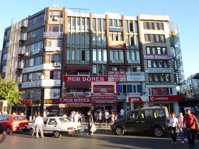 خیابان باکرکوی استانبول، مقصد گردشگری در تمام فصول