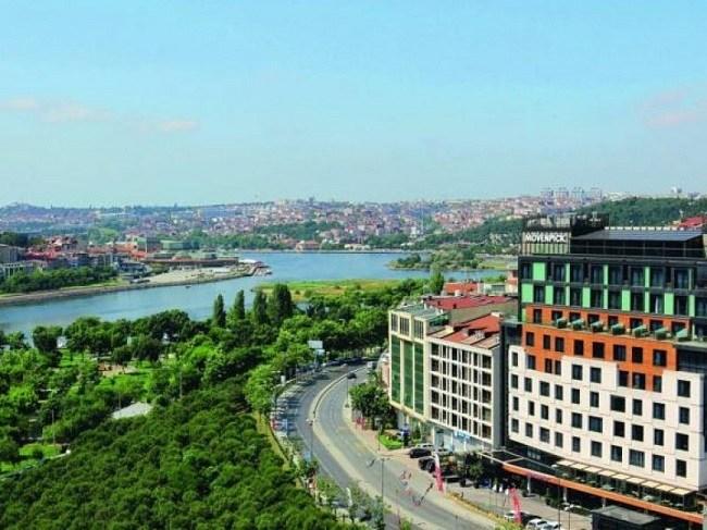 خیابان خلیج شاخ طلایی استانبول؛ تماشاییترین نقطه در شهر استانبول