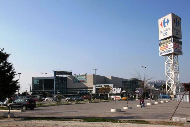 مرکز خرید کارفور ازمیر و آلستانژاک دو مکان که حتما باید از آن ها در تور ازمیر خرید کرد
