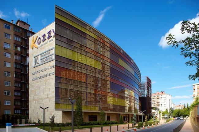مرکز خرید کوزی استانبول یکی از بهترین مراکز خرید منطقه کادیکوی
