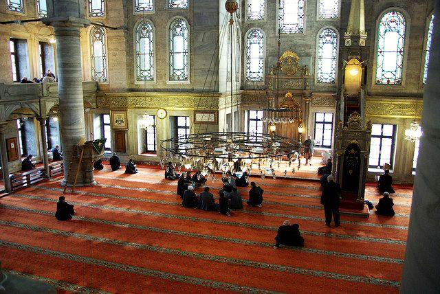 مسجد جامع ایوب سلطان استانبول میعادگاهی معنوی و مقدسترین زیارتگاه ترکیه