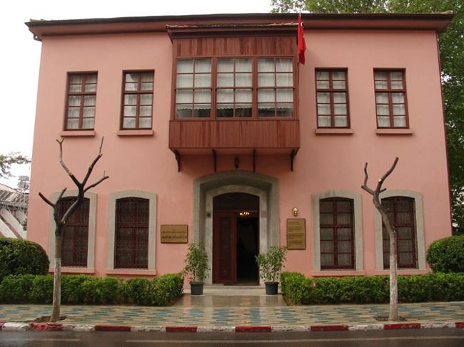 موزه آتاتورک آنتالیا نماد ترکیه مدرن و خانهای پر از رمزها و رازهای یک انقلاب