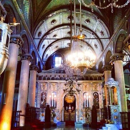 کلیسای سنت ماری مغولان استانبول، معبدی وقف حضرت مریم مقدس