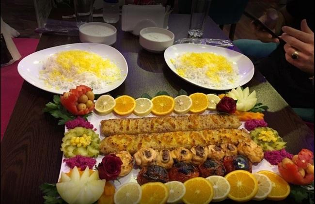 رستوران مژگان در استانبول، فضایی دنج برای تجربه طعمی ایرانی