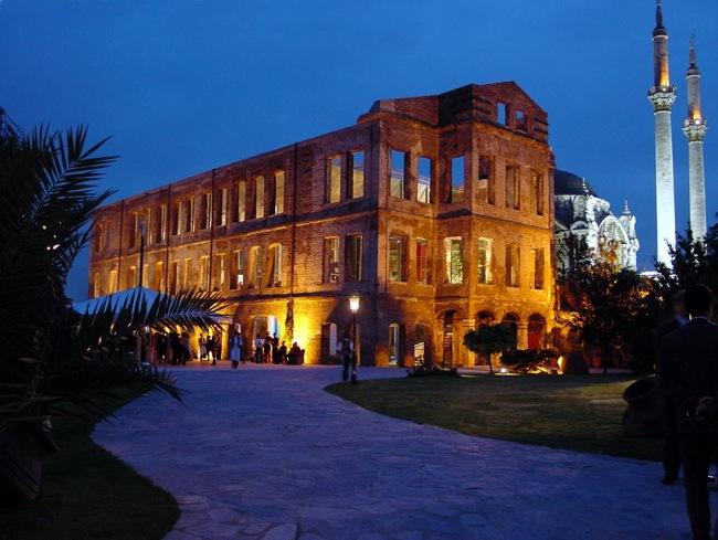عمارت اسما سلطان استانبول Esma Sultan Yalısı کاخی منصوب به یک شاهدخت عثمانی