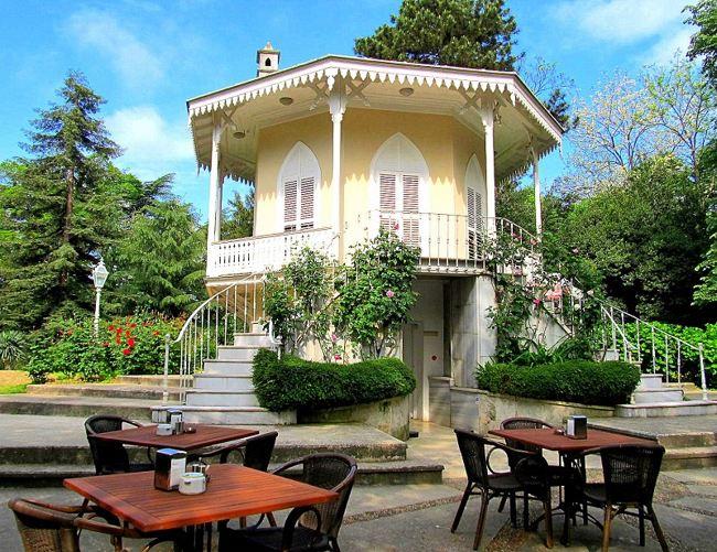 عمارت ماسلاک استانبول Maslak Kasrı ، از اقامتگاهی سلطنتی تا کافهای ارزان قیمت